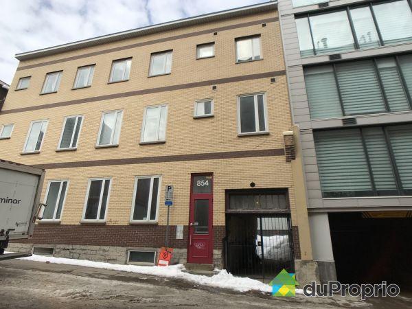 4-854 rue d'Aiguillon, St-Jean-Baptiste for sale