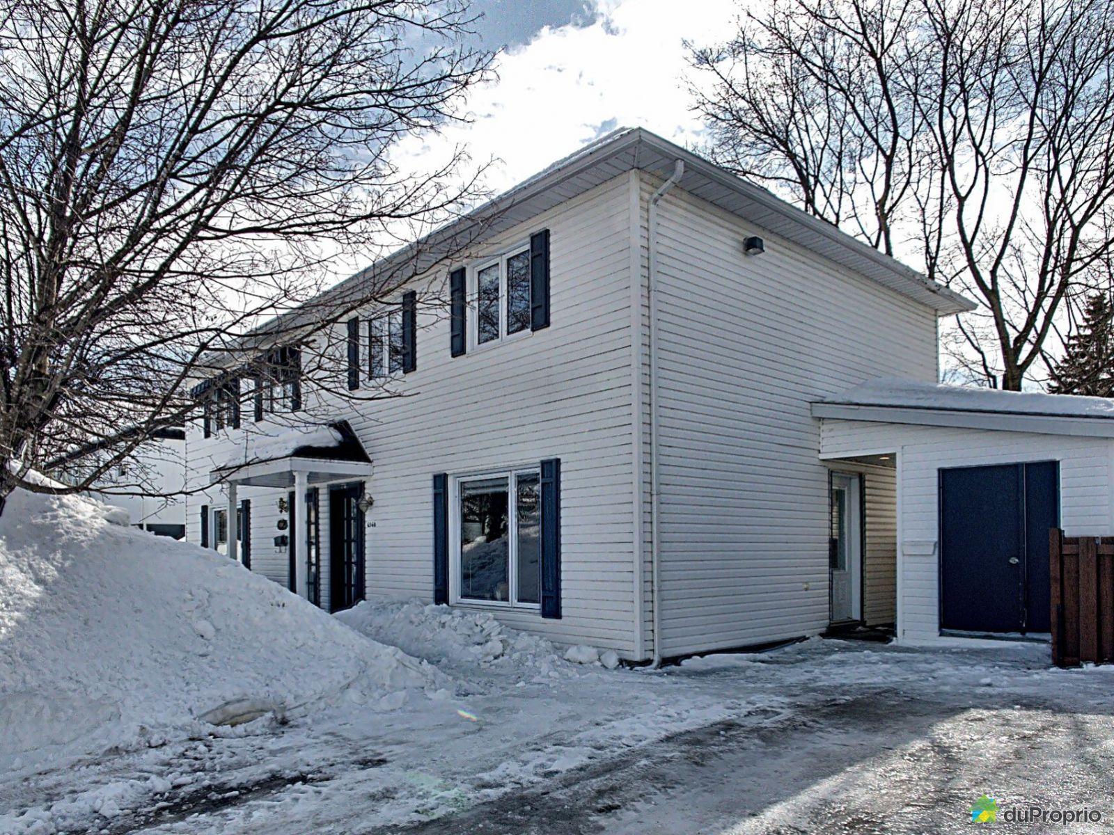 Winter Front - 6560 rue du Liseron, Charny for sale
