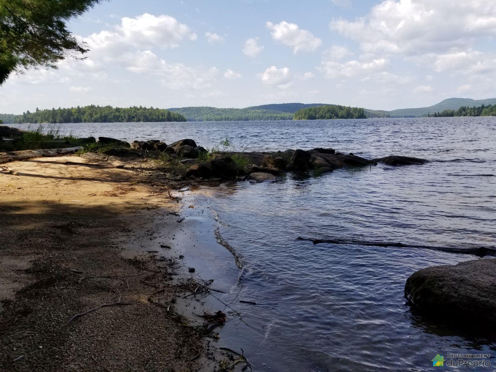 Lac du Poisson Blanc, ND-Du-Laus for sale