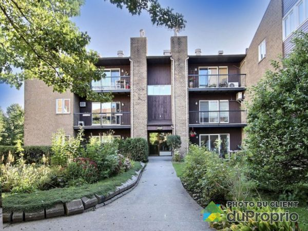 Entrance - 201-400 rue des Embarcations, Saint-Roch for sale