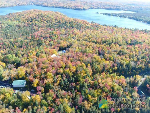 Lake - Montée du Cerf, Entrelacs for sale