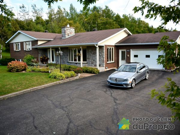 905, boulevard Perron, Carleton-sur-Mer à vendre