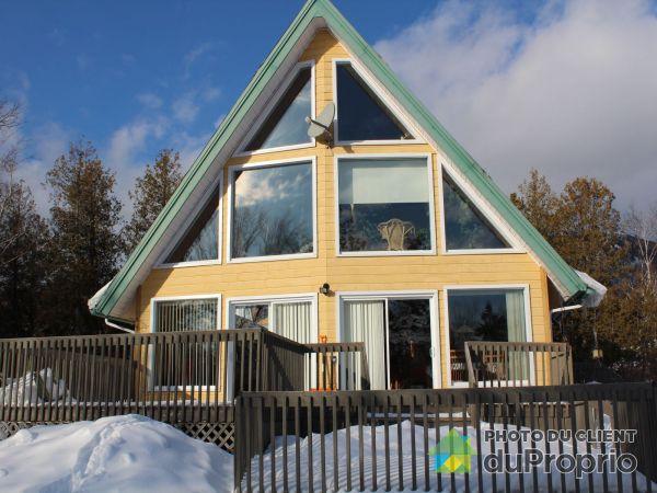 Côté sud - 118, rue de la Montagne, Carleton-sur-Mer à vendre