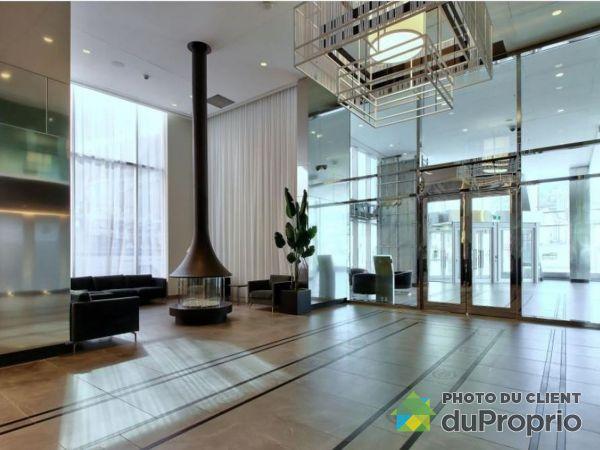 Hall - 1107-1188 rue Saint-Antoine Ouest, Ville-Marie (Centre-Ville et Vieux Mtl) for sale