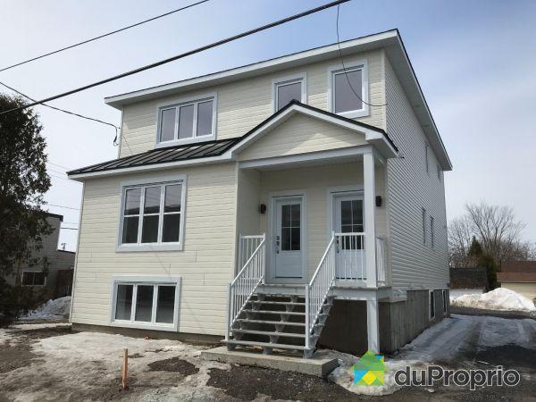 292, avenue Hamford - Par les Habitations Thérien-Magny inc., Lachute à vendre