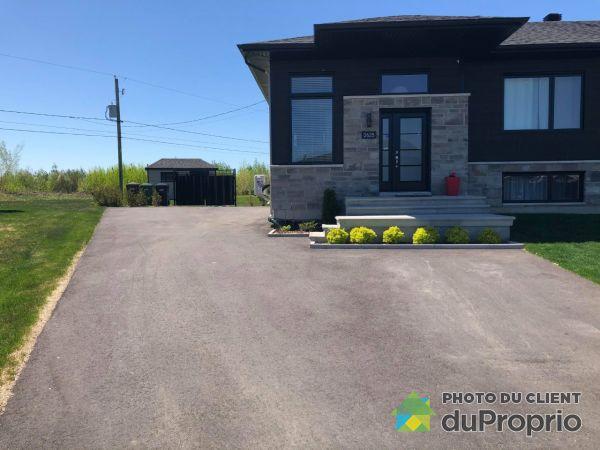 Summer Front - 2625 rue du Ménestrel, Drummondville (Drummondville) for sale