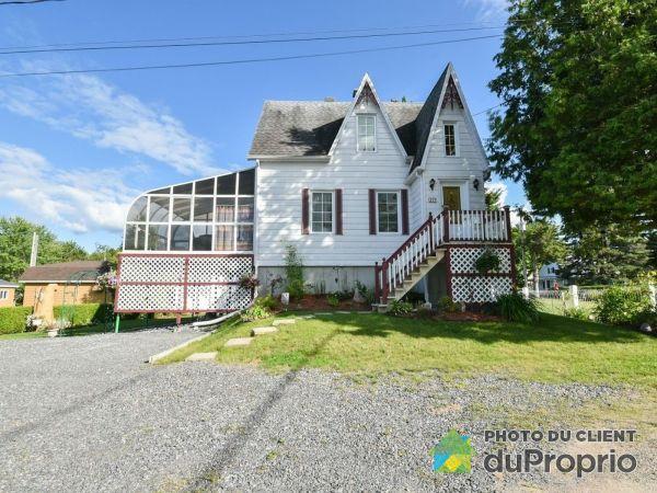 321 rue Sainte-Marie, Lac-Aux-Sables for sale