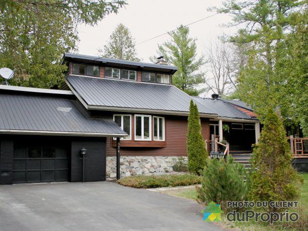 374 chemin de la Rivière, Chelsea for sale