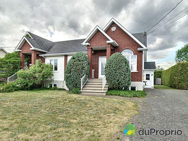 35 rue du Domaine, Drummondville (St-Nicéphore) for sale