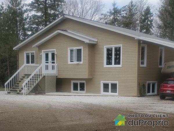 Summer Front - 3 chemin Gaudette, Cayamant for sale