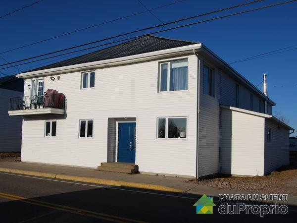 3191, rue de Saint-Méthode, St-Félicien à vendre