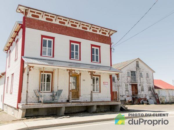 246, rue Principale, St-Cyrille-De-Lessard à vendre