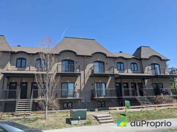 225-4 rue des Scouts, Gatineau (Aylmer) for sale