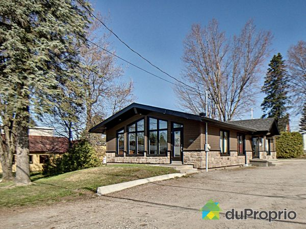 359, boulevard Albiny-Paquette, Mont-Laurier à vendre