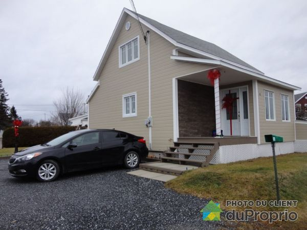 Side View - 4 rue du Ruisseau, Cap-Chat for sale