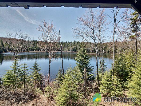 Vue sur le lac - 329-331, croissant des Trois-Lacs, Lantier à vendre