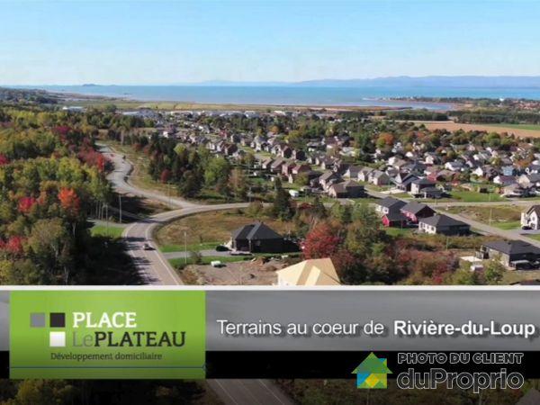 Rues Alice-Savard et des Plateaux, Rivière-Du-Loup for sale