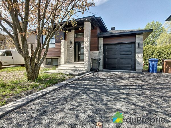 355 rue Alain, St-Amable for sale