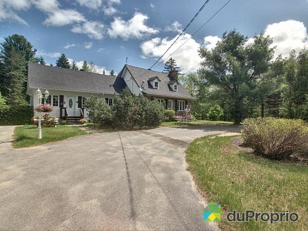 Summer Front - 36 rue Payette, St-Alphonse-Rodriguez for sale
