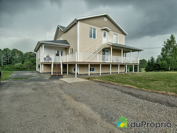 Summer Front - 174 Route 195, St-Léon-Le-Grand for sale