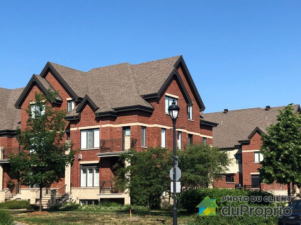 Side View - 3200 rue Montcalm, Boisbriand for sale