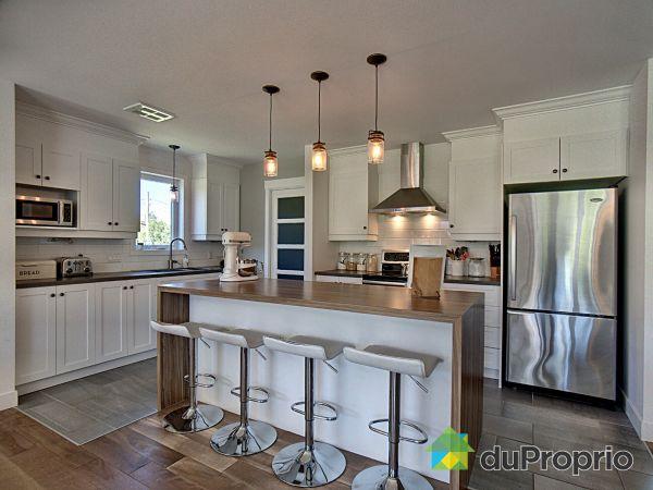 Kitchen - 350 route de Saint-Luc, Matane for sale