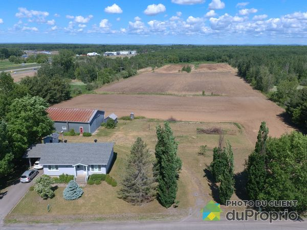 Farm - 41 rang Saint-Henri, Lavaltrie for sale