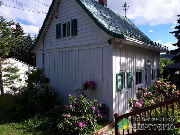 Summer Front - 51 avenue Aubry, St-Sauveur for sale