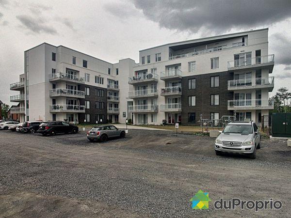 502-2520, rue Maurice-Savoie, Longueuil (Vieux-Longueuil) à vendre
