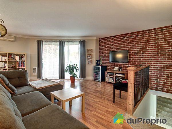 Living Room - 896 rue Lionel-Racine, Sherbrooke (Jacques-Cartier) for sale