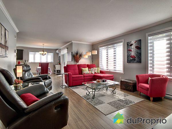 Salon / Salle à manger - 202-709, rue du Douvain, Beauport à vendre
