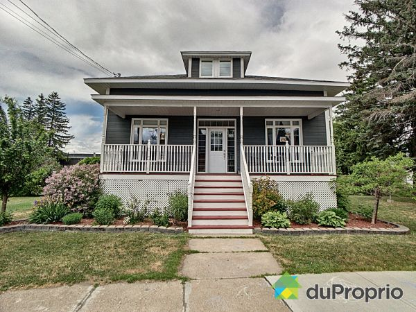 423 rue Principale, Baie-Du-Febvre for sale