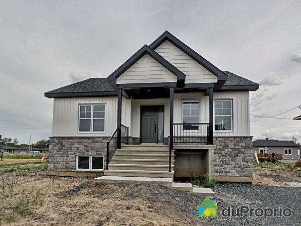 5185, rue de la Toundra, Drummondville (Drummondville) à vendre