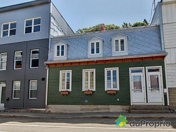 Summer Front - 443-445, rue Arago Ouest, Saint-Sauveur for sale
