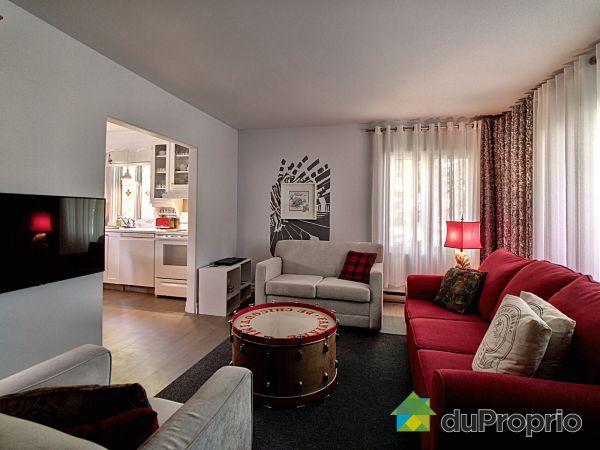Living Room - 304-306, rue Delisle, Chicoutimi (Chicoutimi-Nord) for sale