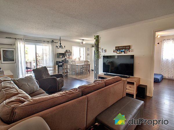 202-495 rue de Mercure, St-Romuald for sale