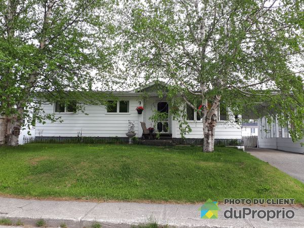 Summer Front - 525 rue Demers, Chibougamau for sale