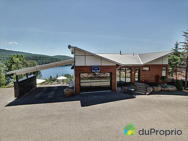 6, chemin des Glacis, Lac-Beauport à vendre