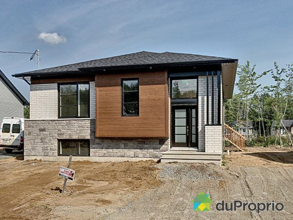 253 rue Plessis - Par Construction Serge Brouillette, Drummondville (Drummondville) for sale