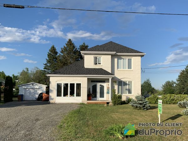 5 rue de la Baie, Chandler for sale