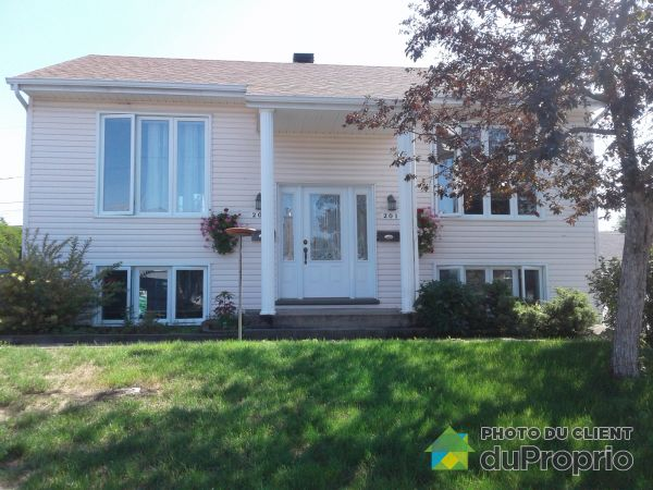 201-203 rue Jolivet, Beauport for sale