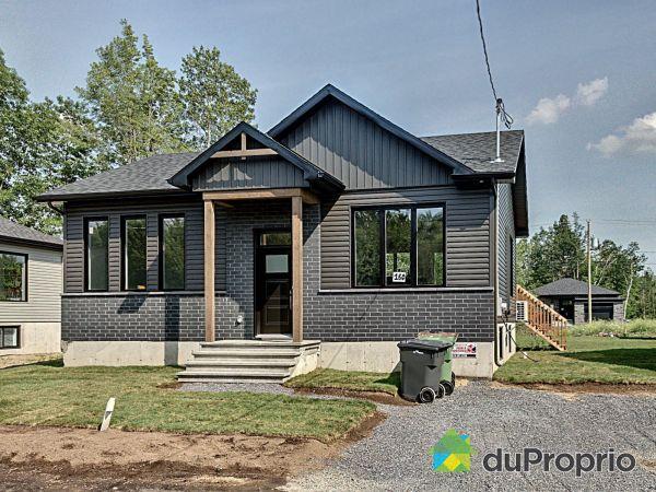 190, rue Plessis - Par Construction Serge Brouillette, Drummondville (Drummondville) à vendre