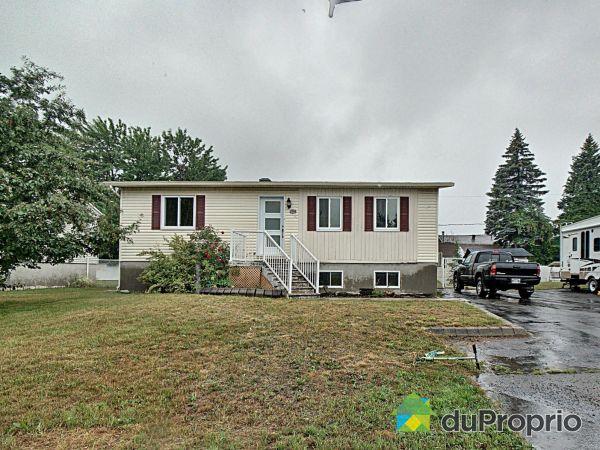 294, 27e Avenue, Ste-Marthe-Sur-Le-Lac à vendre
