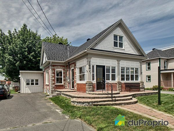 Summer Front - 166 rue Saint-Charles Sud, Granby for sale