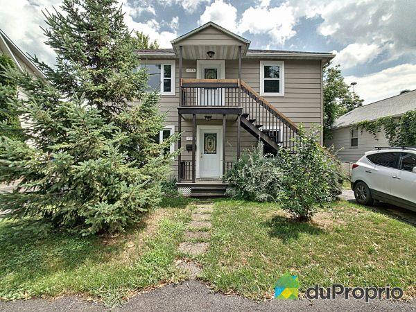 133-135, 3e Avenue, L'Ile-Perrot for sale
