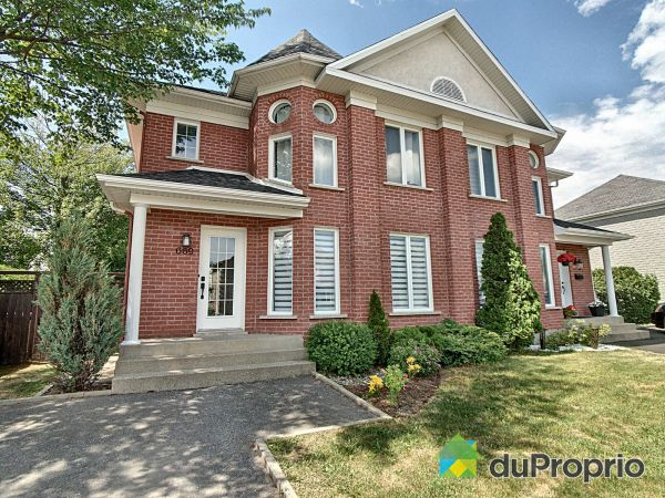 Summer Front - 669 avenue Albert-Rousseau, St-Étienne-De-Lauzon for sale