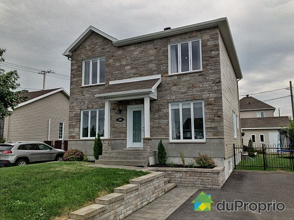 216 rue du Chavaillon, Beauport for sale