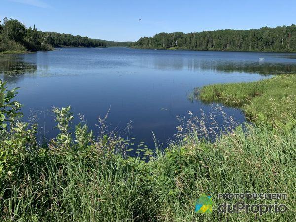 444 chemin du Lac-à-Larche, Lac-Cayamant for sale