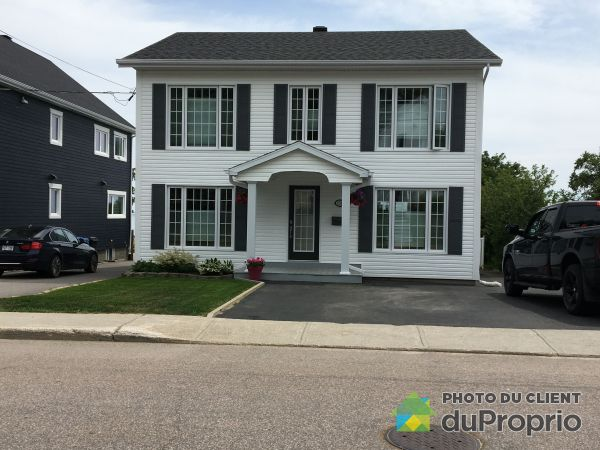 150 avenue Champlain, Baie-Comeau for sale