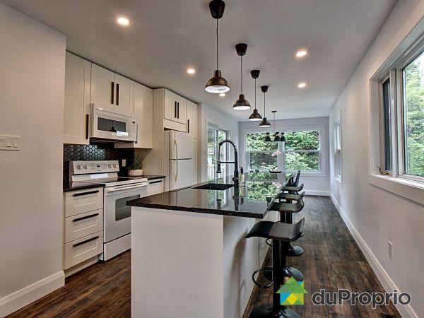 Kitchen - 552 rue Galt Est, Sherbrooke (Fleurimont) for sale